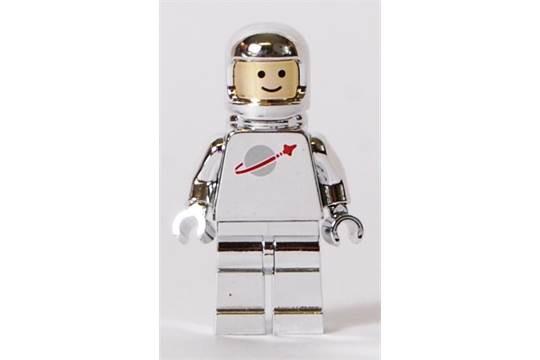 LEGO CHROME MINIFIGURE  A Lego Chrome silver space astronaut     Previous