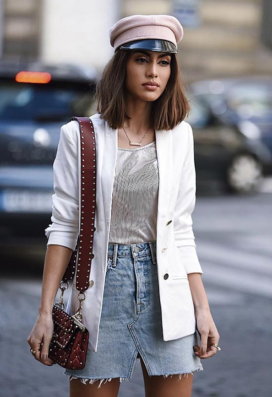 How to Choose the Best Denim Miniskirt for You