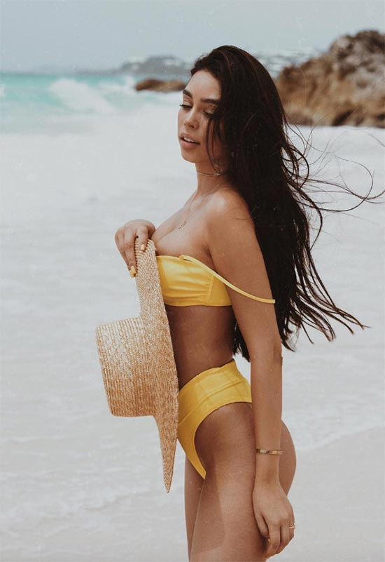 How to Buy the Best Bikinis for Your Body Type