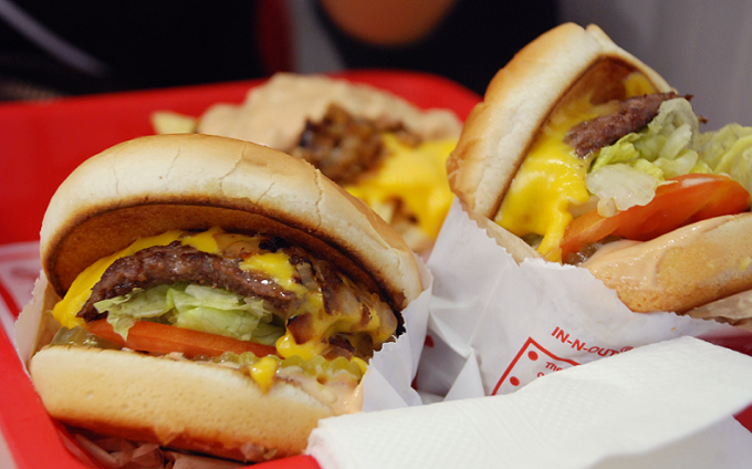 In-N-Out_Cheeseburger.png