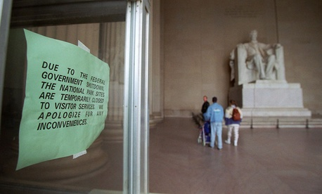 The Lincoln Memorial was closed during the 1995 government shutdown.