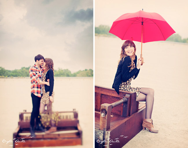 couple at the piano in love umbrella