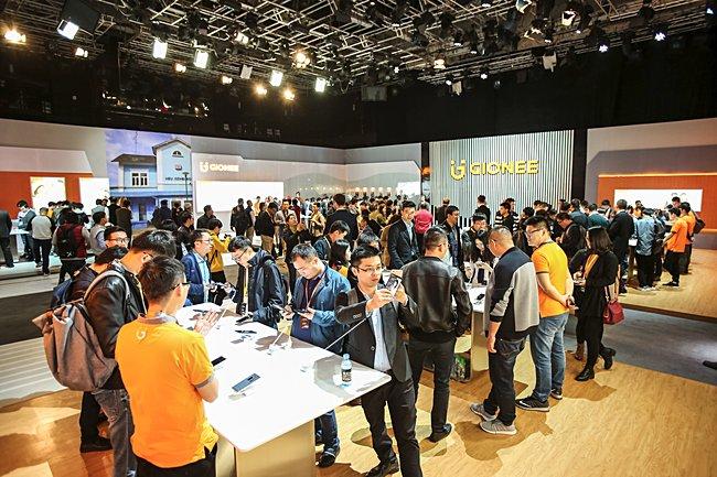 Gionee revelou oito smartphones, incluindo S11 / S11S e M7 Plus 4