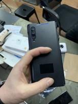 Xiaomi Mi 9 hands-on photos