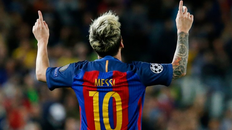 Barcelona's Argentinian forward Lionel Messi celebrates a goal during the UEFA Champions League football match FC Barcelona vs Manchester City at the Camp Nou stadium in Barcelona on October 19, 2016.  / AFP PHOTO / PAU BARRENA