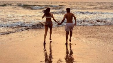 Who Is The Mystery Man In Janhvi'sBeach Day Pics?