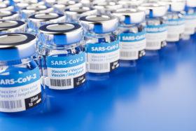 neue vakzine bringt neue fragezeichen corona impfung