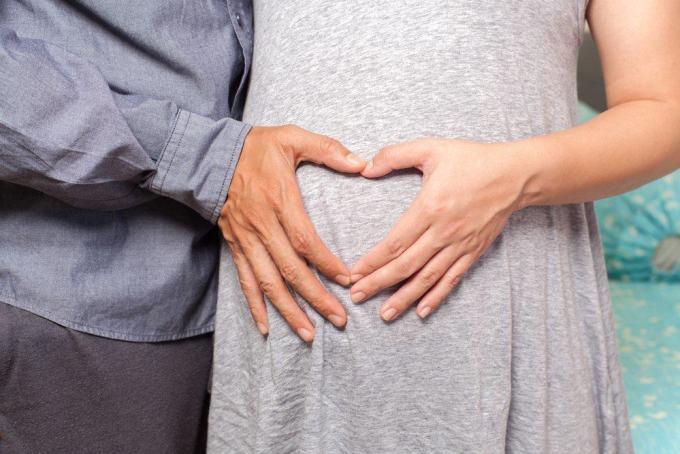 Image result for istri hamil yang sedang ngidam