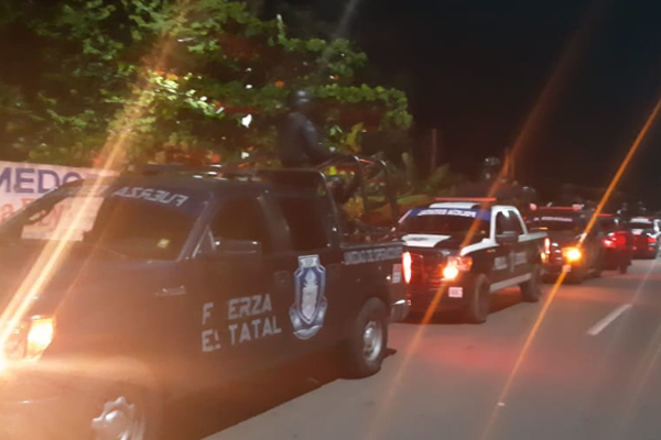 Civiles armados agredieron a la policía municipal. FOTO: ESPECIAL