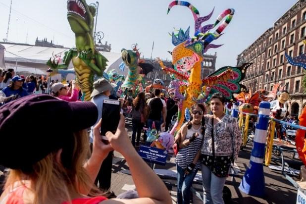 Resultado de imagen para desfile de alebrijes