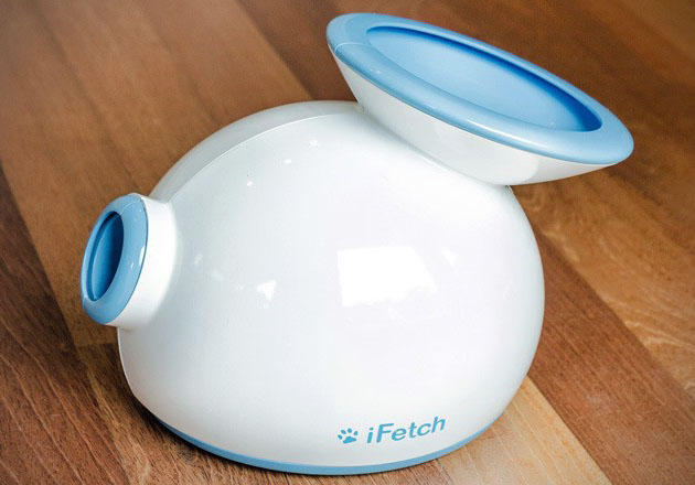 iFetch Automatic Ball Launcher for Dogs 4