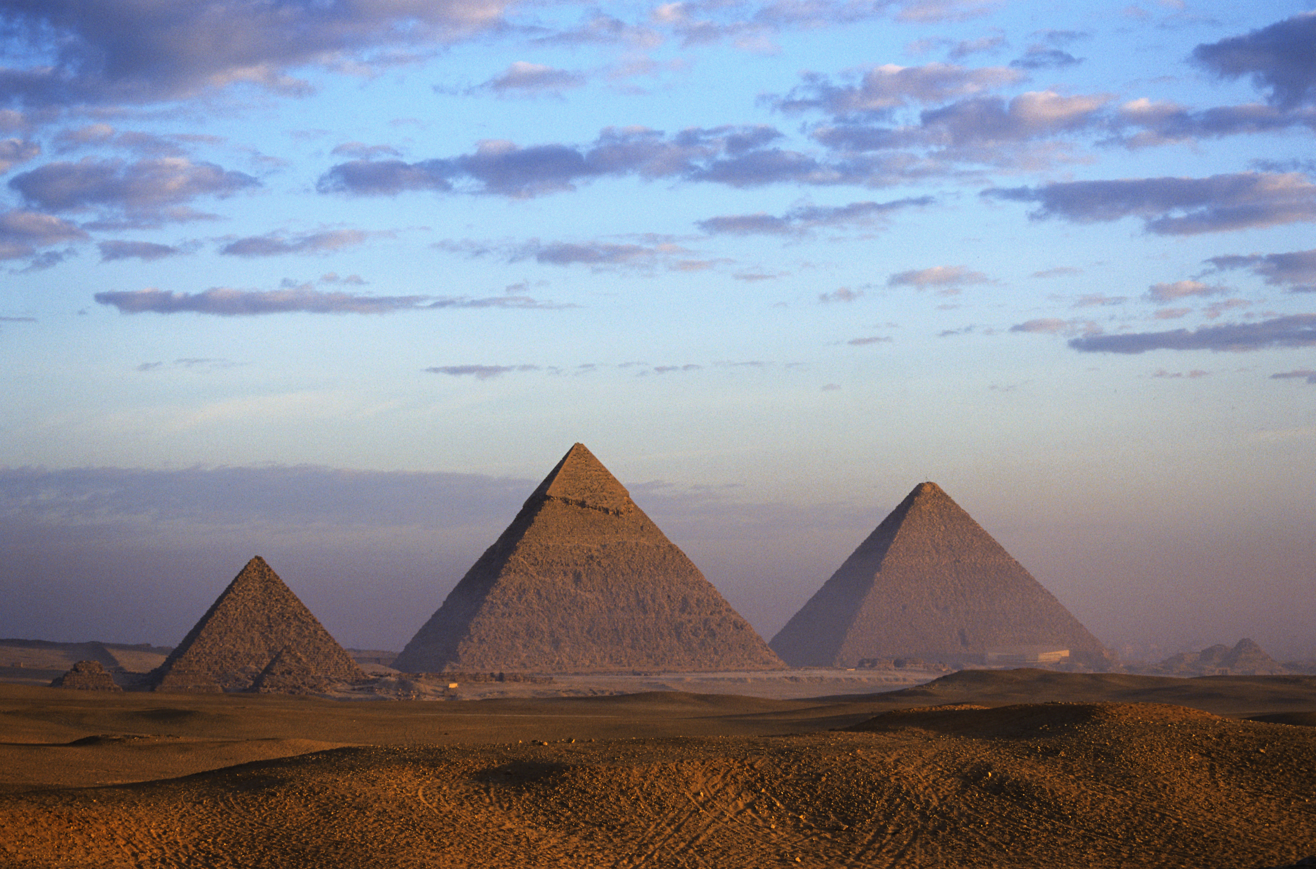 Egyptian Pyramids Pictures