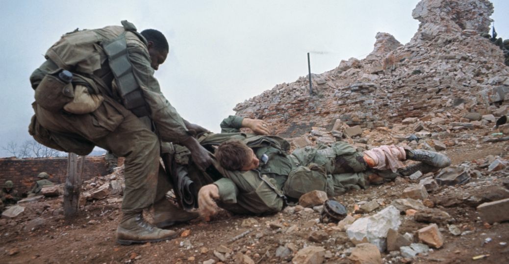 wounded marine, the vietnam war, battle of hue, tet offensive