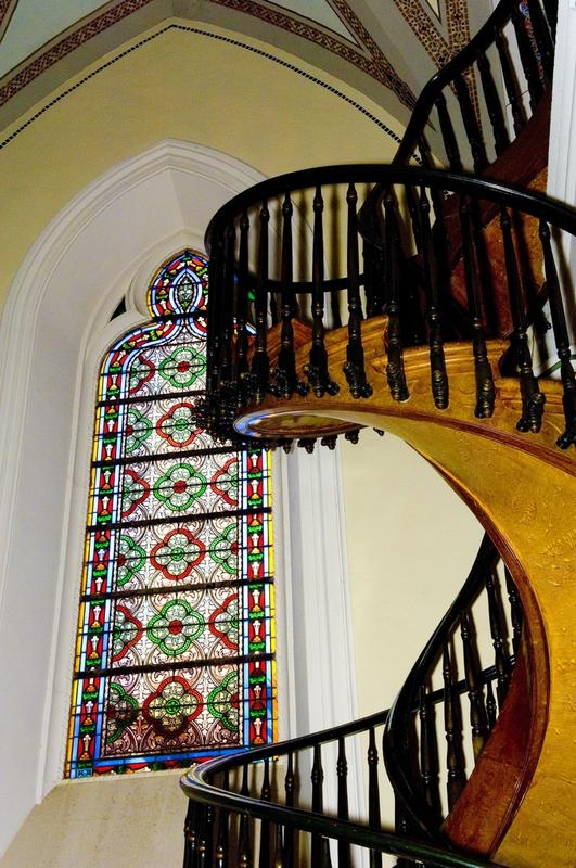 Mysterious Spiral Staircase Of Loretto Chapel In New Mexico | Spiral Staircase Loretto Chapel | St Joseph | Immaculate | Gothic | Dangerous | Medieval