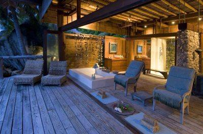 Luxury Beach Villa in Seychelles