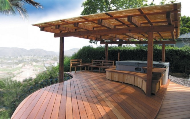 Want a touch of Hollywood luxury? Think hot tub!