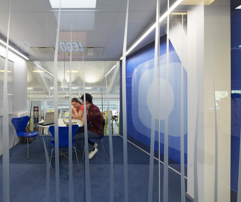 Blue Meeting Room Wall Mural Interior Design Ideas