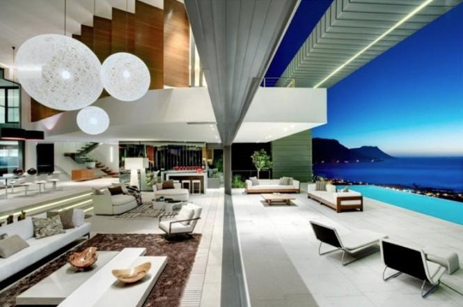 Contemporary residence biflold doors