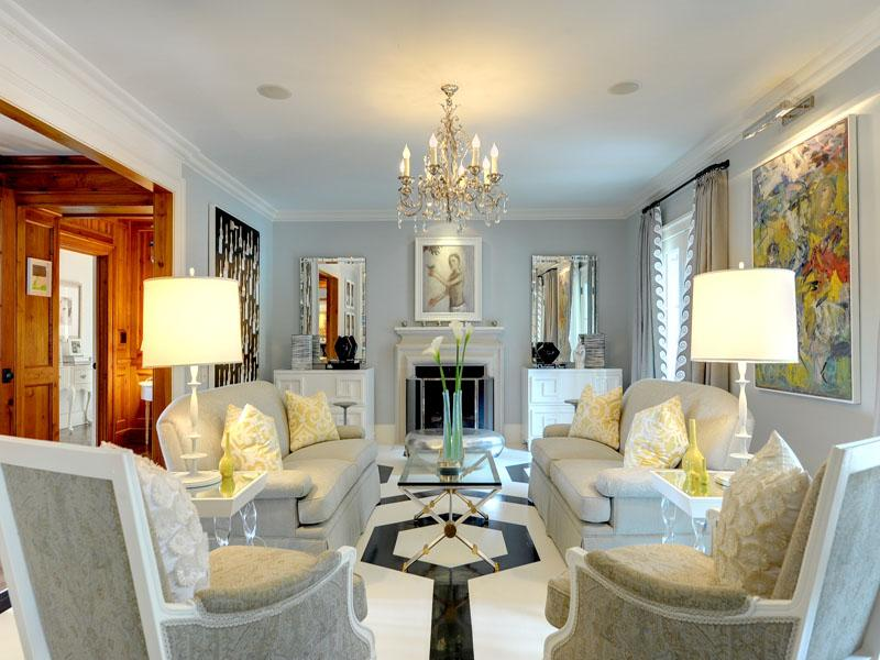 Luxury Home And Arts Crafts Room