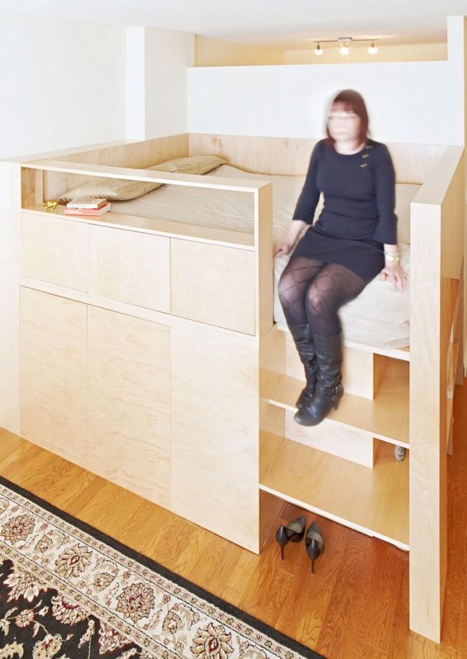 Mezzanine level cabin bed