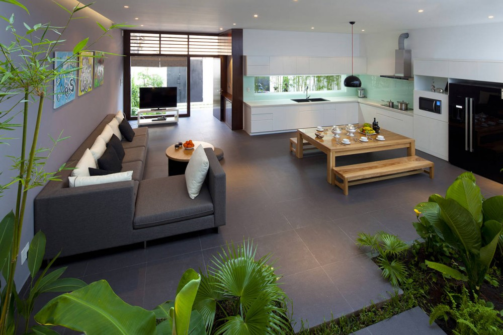 A Fresh Home With Open Living Area & Internal Courtyard