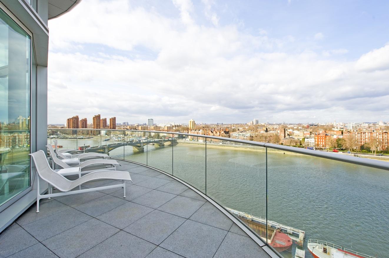 12-Penthouse-sun-patio.jpeg