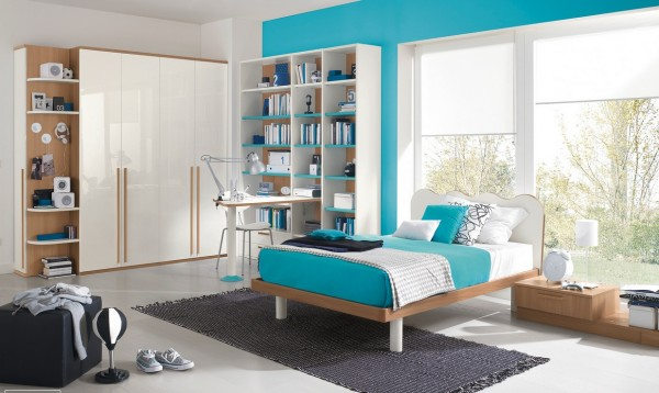 Blue white bedroom decor