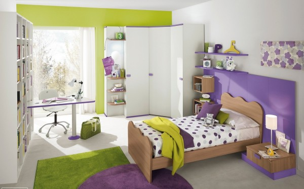 Bright purple and zingy green make a cool clash of colors when freshened up with plenty of white. This home study area stretches straight out of a big bookcase–a perfect setup for hitting the books and filing away that homework.