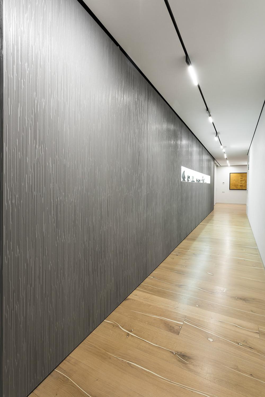 Taupe Hallway Decor Interior Design Ideas
