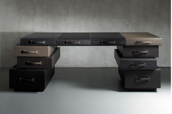 9 Suitcase desk