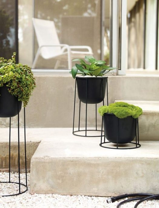 42 unique decorative plant stands for indoor outdoor for Indoor decorative plants