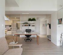 Stylish-ergonomic-chairs-210x185 Black, White & Beige Apartment For The Fashionista