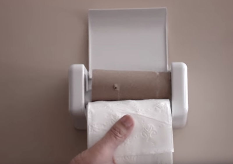 Product Of The Week: Easy Load Toilet Paper Holder