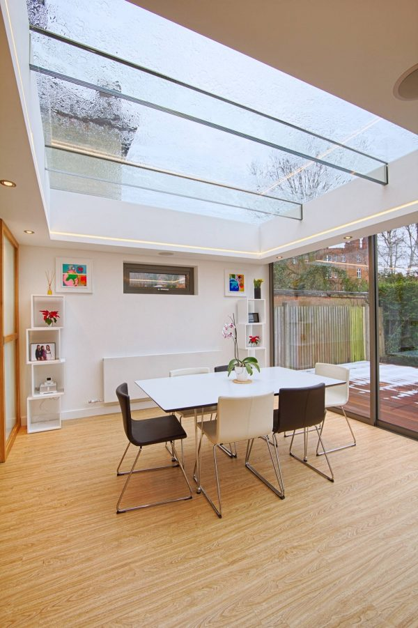 modern-dining-room-with-skylight-600x901 Indoor Skylights: 37 Beautiful Examples To Tempt You To Have One For Yourself