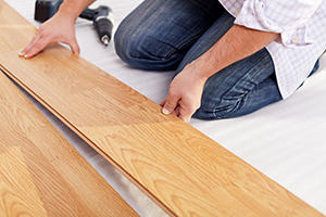 2018 Laminate Flooring Repair Costs   Average Price To Fix Laminate     Help others plan and budget for their projects  Repair Laminate Flooring