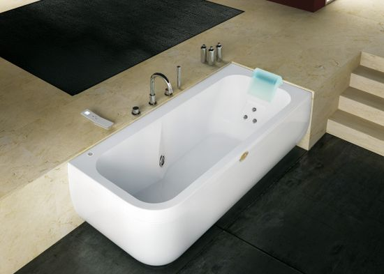 Jacuzzi Aquasoul In Lounge And Extra
