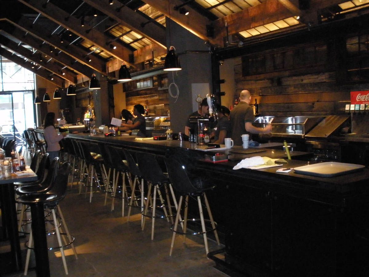 How To Choose Commercial Bar Stools & Chairs
