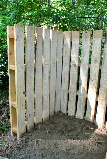 recinzione fai da te con i bancali