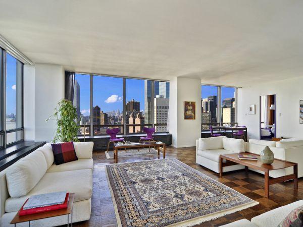 860 United Nations Plaza Apartment