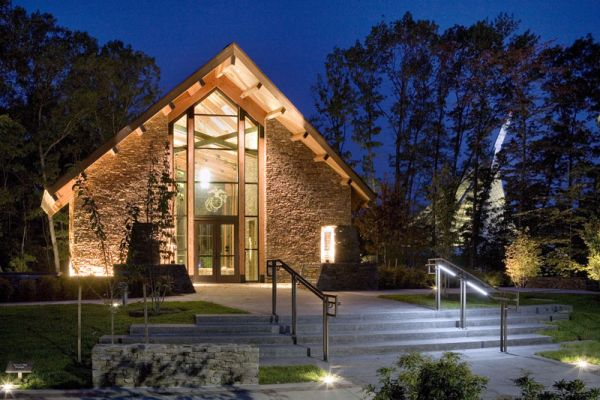 Modern Memorial Chapel In Virginia