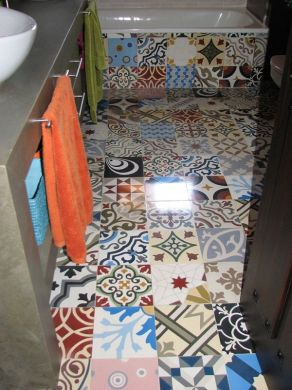 Patchwork Tiles   Mix And Match Your Favorite Colors For A     A different kind of d    cor for your bathroom