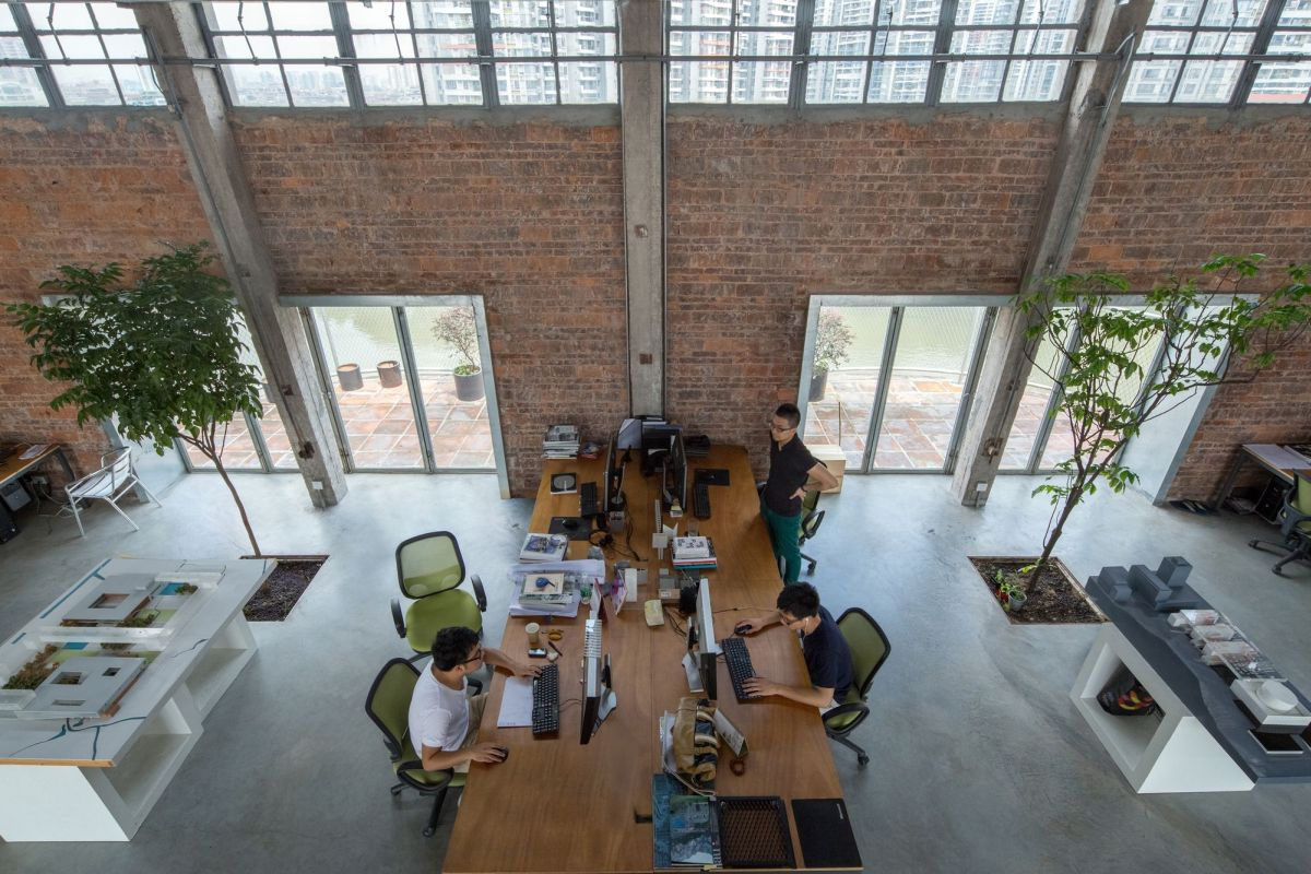 Silo In A 1960s Beer Factory Turned Into A Workshop