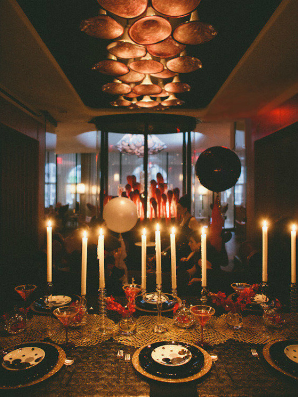 10 Color Schemes For A Sparkling New Year s Eve Party