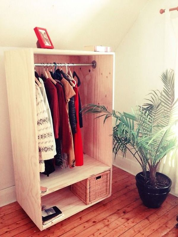 How Shelves Wood Make Closet