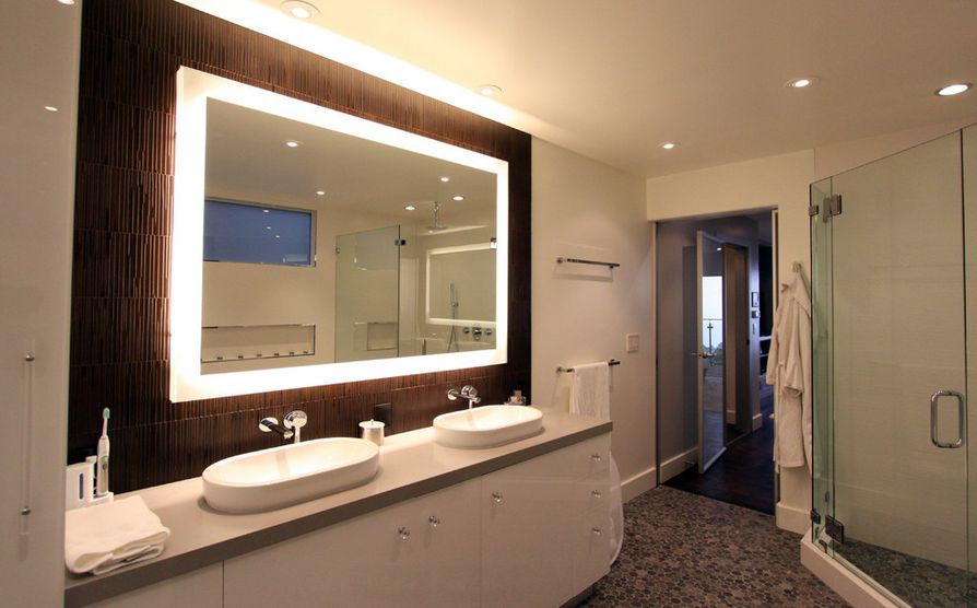 How To Pick A Modern Bathroom Mirror With Lights