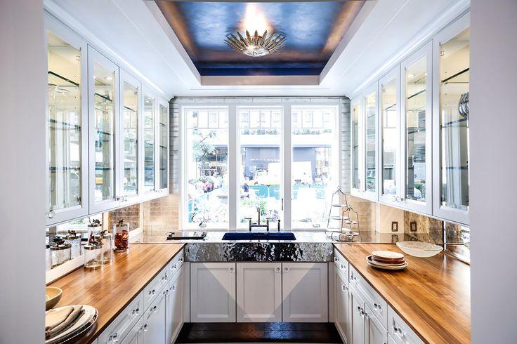 U Shaped Small Kitchen Designs