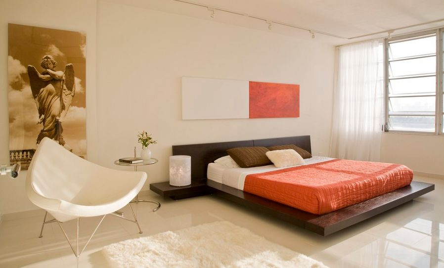 Color block above the bed