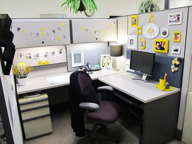 All White Home Office Design