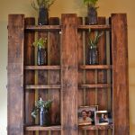 Creative And Engaging Designs Featuring Pallet Shelves