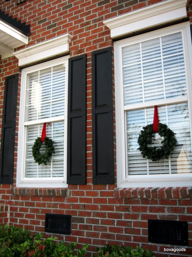 How Hang Christmas Lights Around Windows